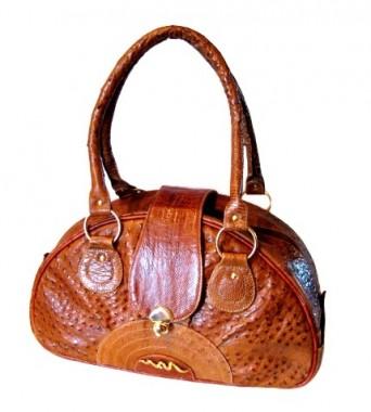 """Представлен в ТРК. Сеть магазинов  """"Тосоко 82 """" предлагает модные сумки..."""